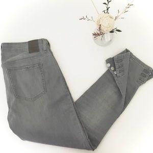 ❣️SALE❣️ ZARA ♥️ Mid-rise Stretch Skinny Jeans